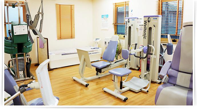 清水山整形外科クリニックではより密度の高いリハビリ施術を心掛けております。訪問リハビリテーションを随時いたしております。
